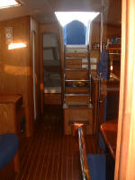 Hunter yacht for sale - ready to go liveaboard. Sleeps 8 in 4 cabins